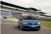 Volkswagen Golf R  photo 1 http://www.voiturepourlui.com/images/Volkswagen/Golf-R/Exterieur/Volkswagen_Golf_R_001.jpg