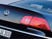 Volkswagen Phaeton  photo 28 http://www.voiturepourlui.com/images/Volkswagen/Phaeton/Exterieur/Volkswagen_Phaeton_048.jpg