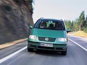 Volkswagen Sharan  photo 2 http://www.voiturepourlui.com/images/Volkswagen/Sharan/Exterieur/Volkswagen_Sharan_002.jpg