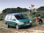 Volkswagen Sharan  photo 5 http://www.voiturepourlui.com/images/Volkswagen/Sharan/Exterieur/Volkswagen_Sharan_008.jpg