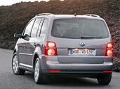 Volkswagen Touran  photo 4 http://www.voiturepourlui.com/images/Volkswagen/Touran/Exterieur/Volkswagen_Touran_004.jpg