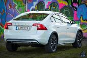 Volvo S60 Cross Country 2016  photo 9 http://www.voiturepourlui.com/images/Volvo/S60-Cross-Country-2016/Exterieur/Volvo_S60_Cross_Country_2016_009_D4_blanc.jpg