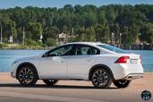 Volvo S60 Cross Country 2016  photo 11 http://www.voiturepourlui.com/images/Volvo/S60-Cross-Country-2016/Exterieur/Volvo_S60_Cross_Country_2016_011_D4_blanc_arriere_profil.jpg