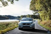 Volvo V40 2016  photo 8 http://www.voiturepourlui.com/images/Volvo/V40-2016/Exterieur/Volvo_V40_2016_009_gris_avant_face.jpg